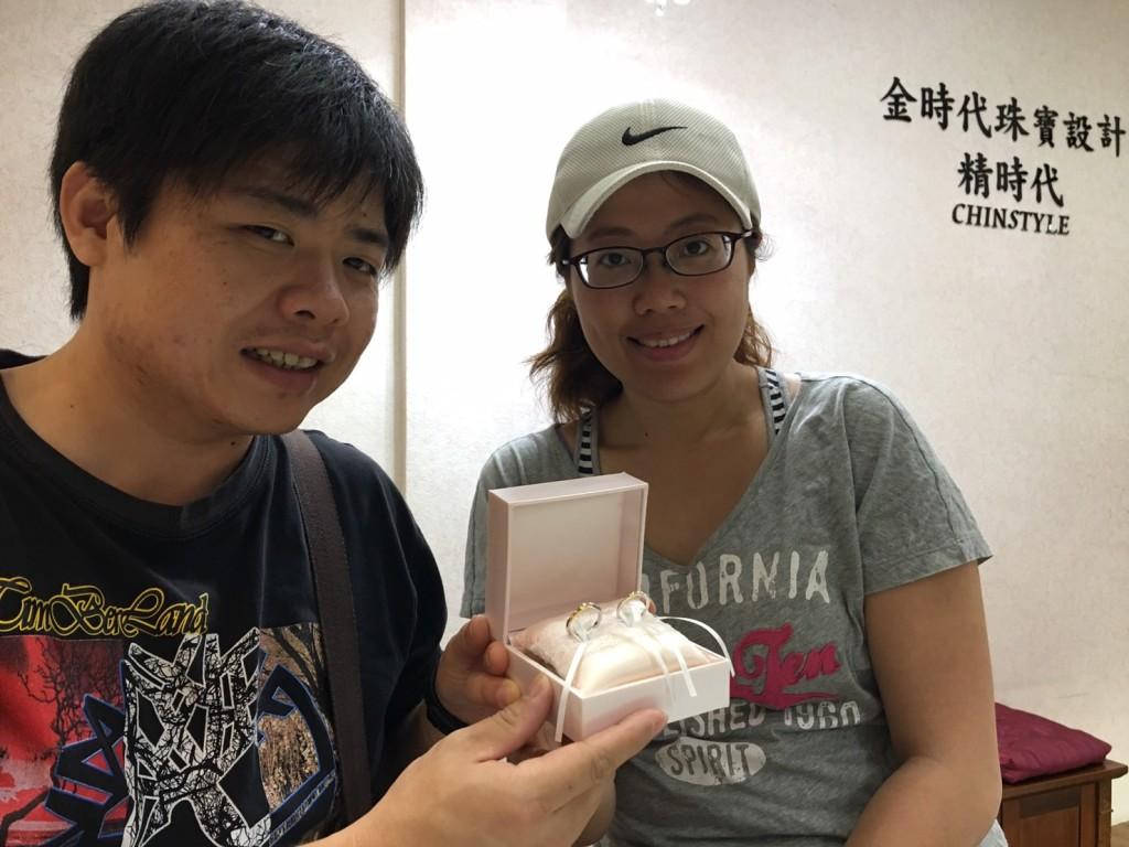 Wu Ting-Xuan & Crystal Liu-金時代珠寶精時代CHINSTYLE Diamond門市合影